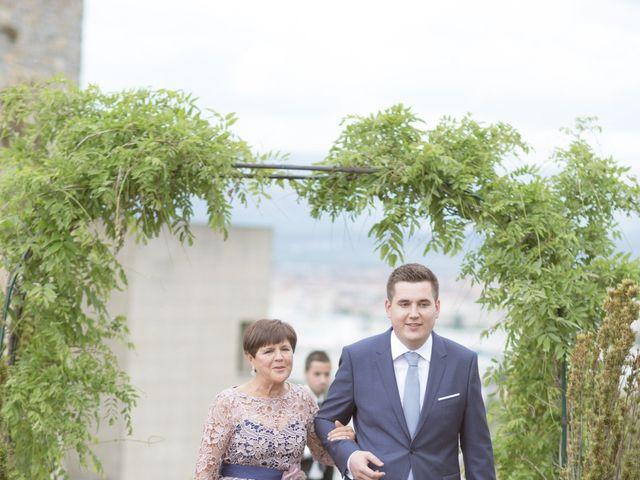 La boda de Borja y Adriana en Gorraiz, Navarra 17