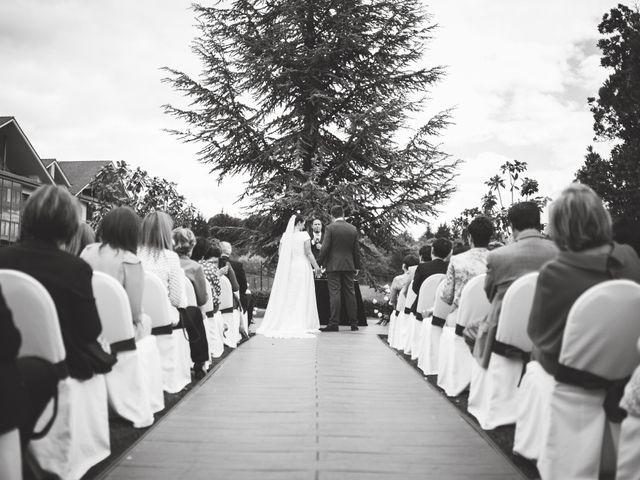La boda de Borja y Adriana en Gorraiz, Navarra 25