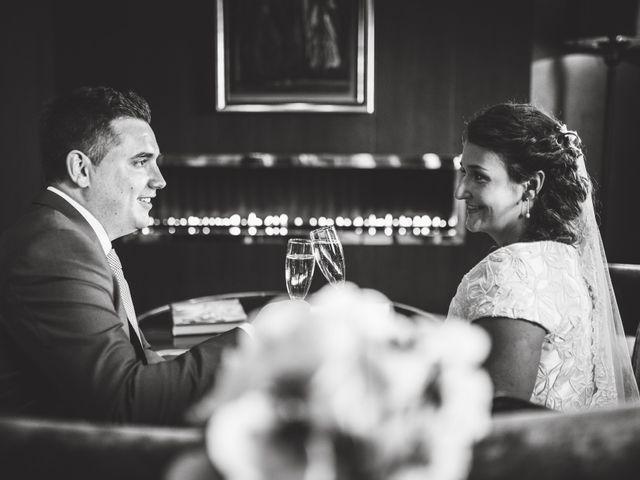 La boda de Borja y Adriana en Gorraiz, Navarra 26