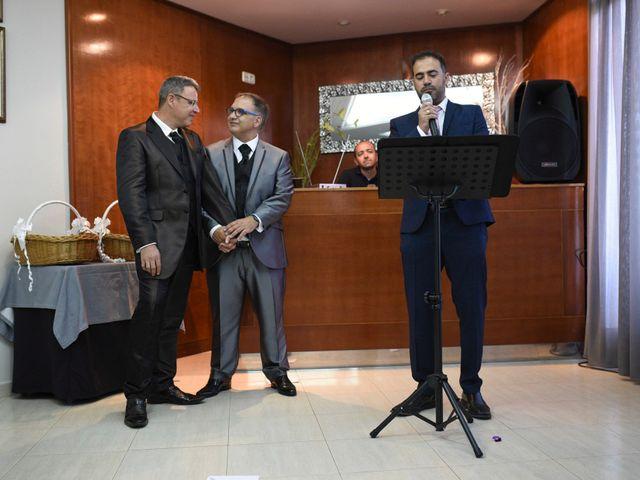 La boda de Matías y Juan en Requena, Valencia 15