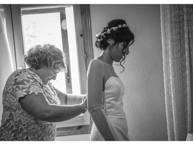 La boda de Javier y Leticia en Casarejos, Soria 5