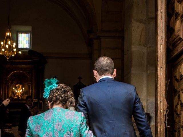 La boda de Javier y Leticia en Casarejos, Soria 15