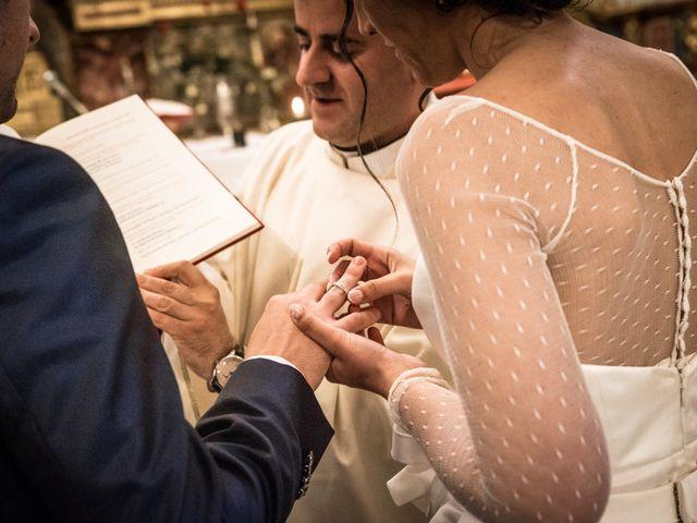 La boda de Javier y Leticia en Casarejos, Soria 23