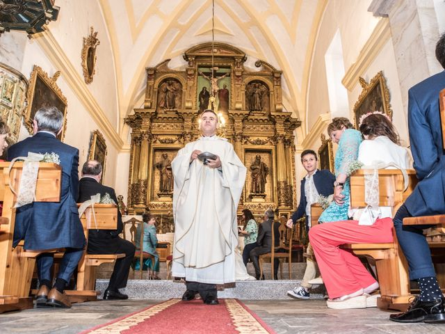 La boda de Javier y Leticia en Casarejos, Soria 26