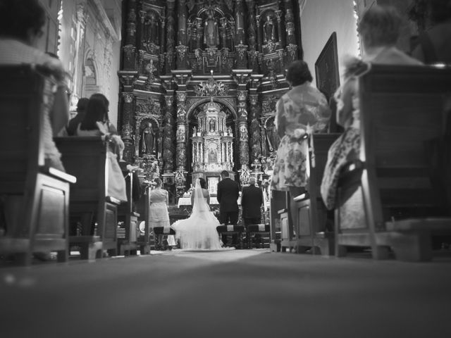 La boda de Gustavo y Ana en Oviedo, Asturias 2