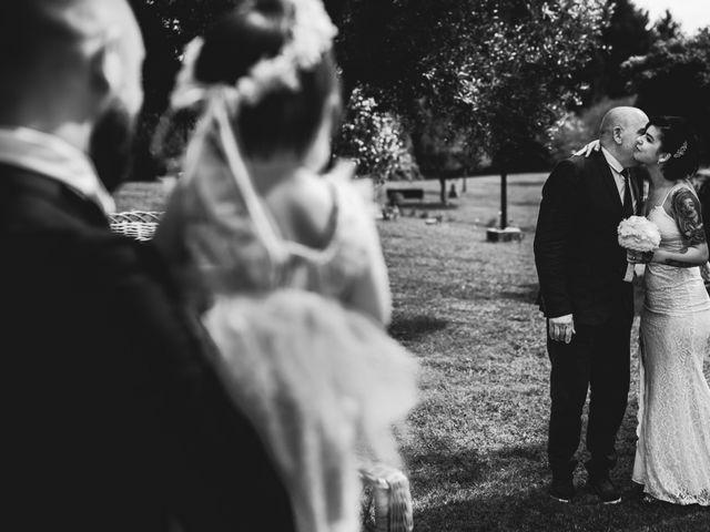 La boda de Niko y Nair en Vigo, Pontevedra 20