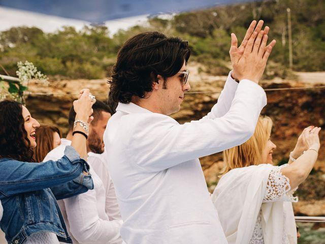 La boda de Pablo y Laura en Eivissa, Islas Baleares 42