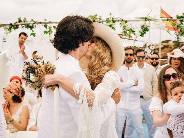 La boda de Pablo y Laura en Eivissa, Islas Baleares 45
