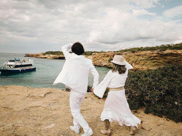 La boda de Pablo y Laura en Eivissa, Islas Baleares 46