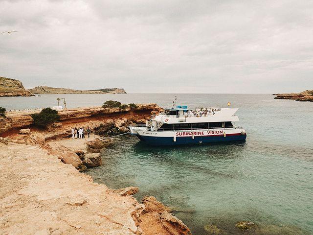 La boda de Pablo y Laura en Eivissa, Islas Baleares 47