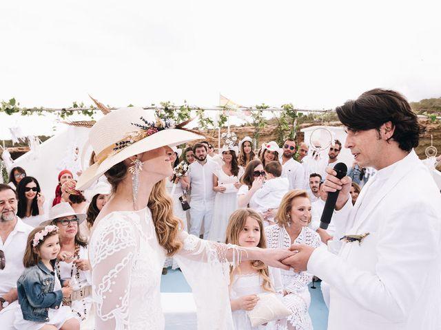 La boda de Pablo y Laura en Eivissa, Islas Baleares 61