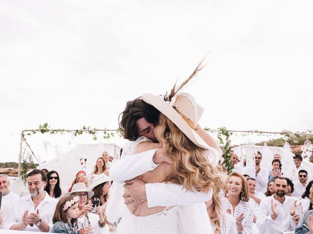 La boda de Pablo y Laura en Eivissa, Islas Baleares 63