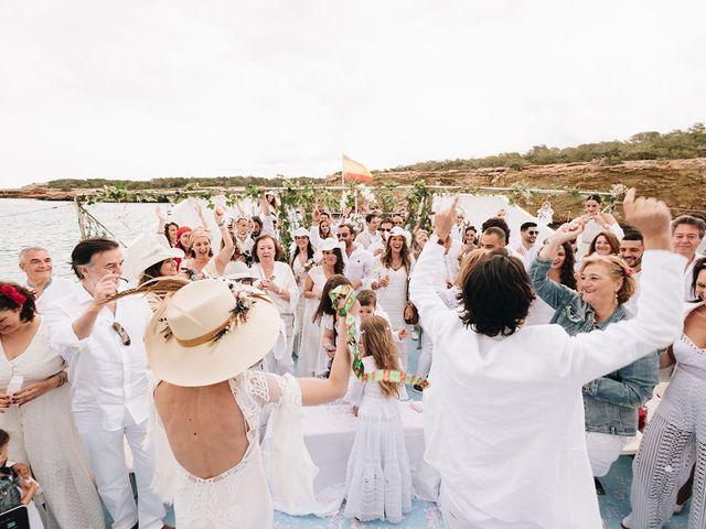 La boda de Pablo y Laura en Eivissa, Islas Baleares 70