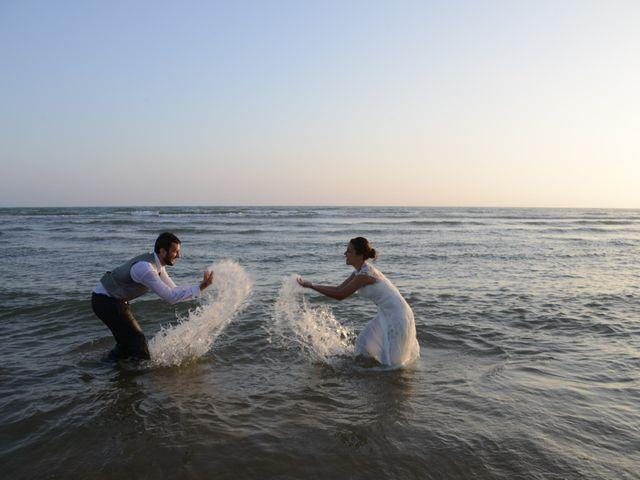 La boda de Luisete y Eva en Sanlucar De Barrameda, Cádiz 37