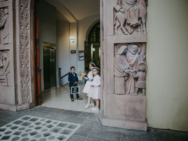 La boda de Javi y Cristina en Castellar Del Valles, Barcelona 76