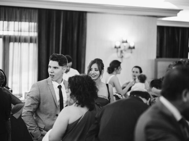 La boda de Javi y Cristina en Castellar Del Valles, Barcelona 122