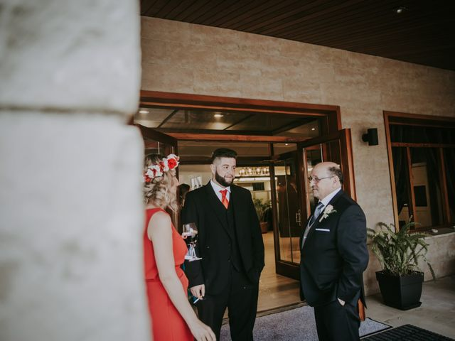 La boda de Javi y Cristina en Castellar Del Valles, Barcelona 124