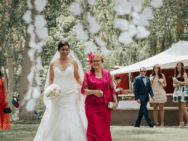 La boda de Pedro y Elena en Torquemada, Palencia 28
