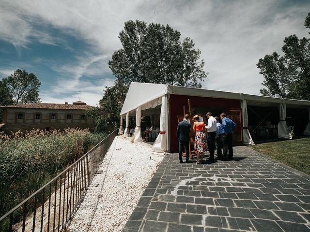 La boda de Pedro y Elena en Torquemada, Palencia 45