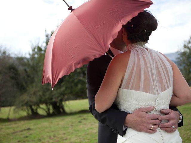 La boda de Miguel Ángel  y Beatriz en Vitoria-gasteiz, Álava 21