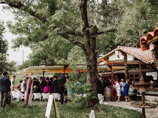 La boda de Alex y Keka en Asteasu, Guipúzcoa 48