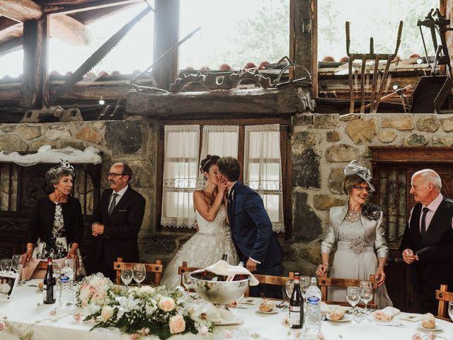 La boda de Alex y Keka en Asteasu, Guipúzcoa 52