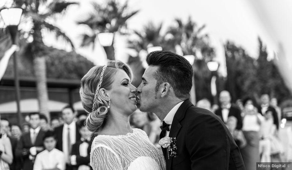 La boda de Pedro y Isabel en Moguer, Huelva