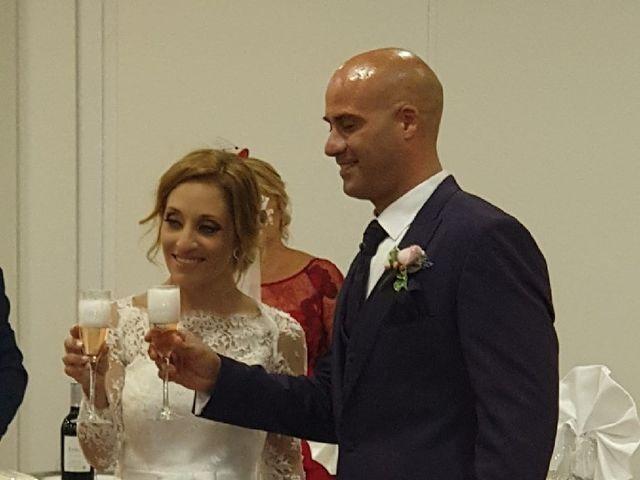 La boda de Miguel  y Cynthia en Fuengirola, Málaga 12