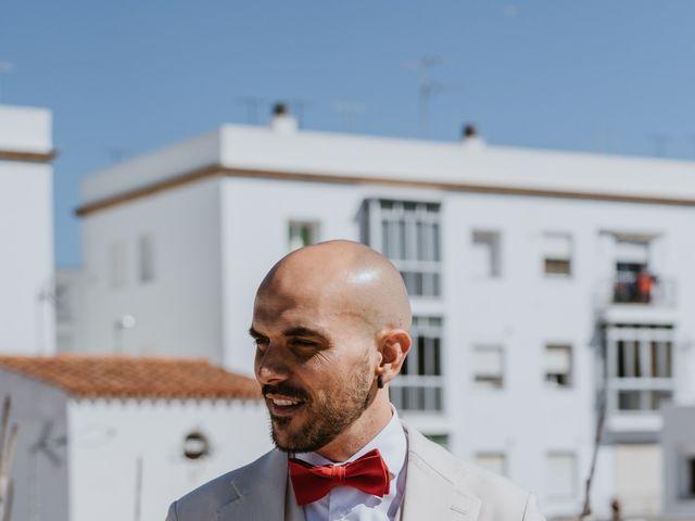 La boda de Juan Carlos y Azahara en El Puerto De Santa Maria, Cádiz 13