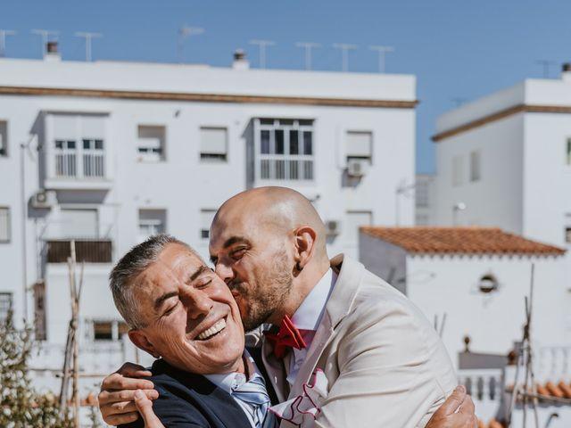 La boda de Juan Carlos y Azahara en El Puerto De Santa Maria, Cádiz 15
