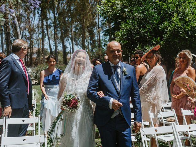 La boda de Juan Carlos y Azahara en El Puerto De Santa Maria, Cádiz 17