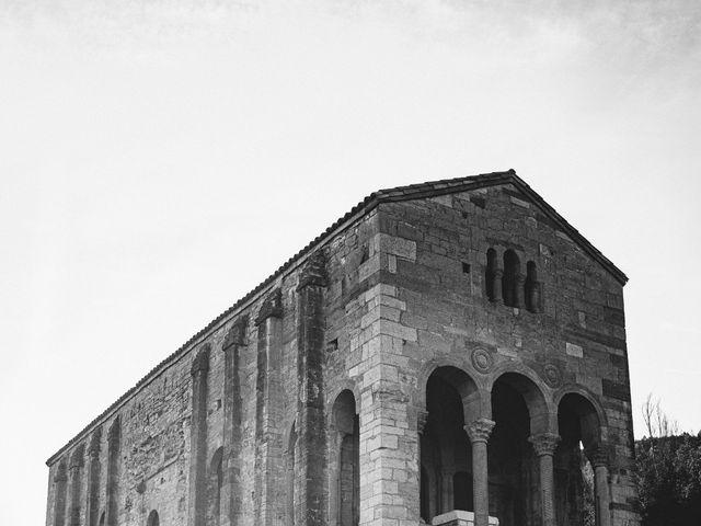 La boda de Benjamín y Vanesa en Oviedo, Asturias 35