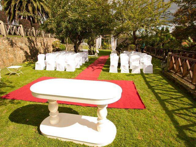 La boda de David y Conchi en Teo, A Coruña 24