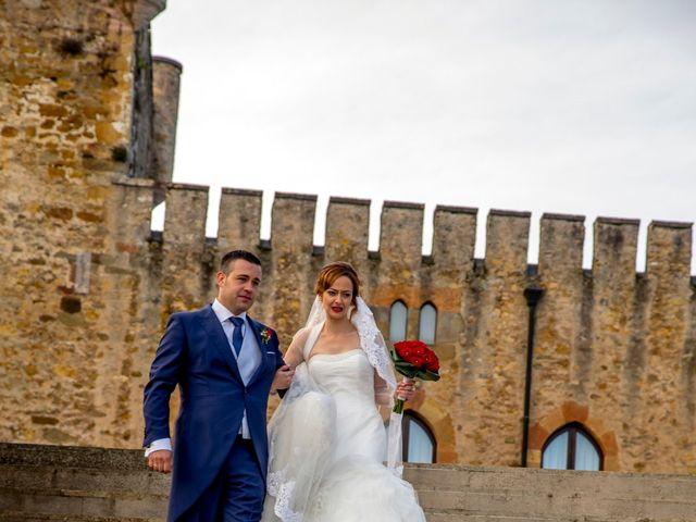La boda de Javi y Patri en Oviedo, Asturias 21