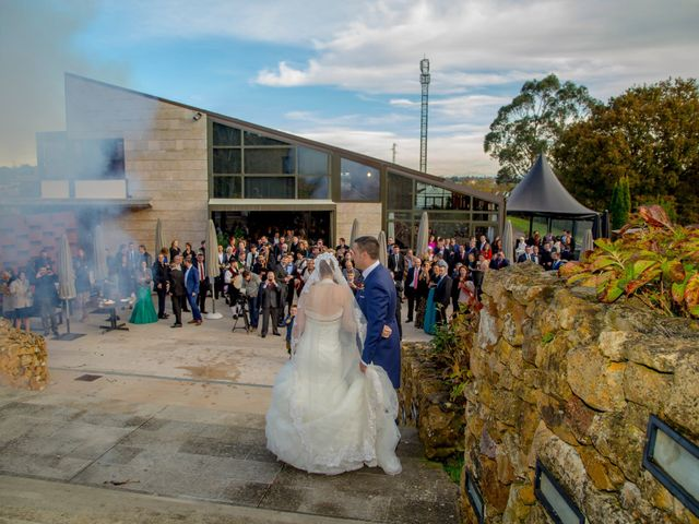 La boda de Javi y Patri en Oviedo, Asturias 22