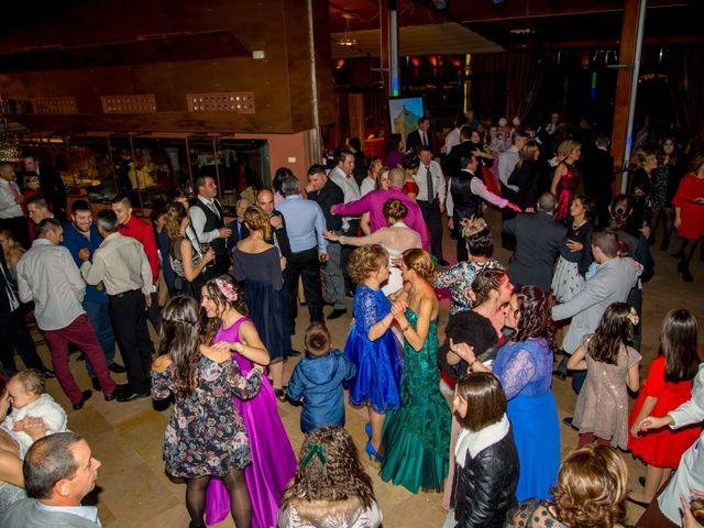 La boda de Javi y Patri en Oviedo, Asturias 38