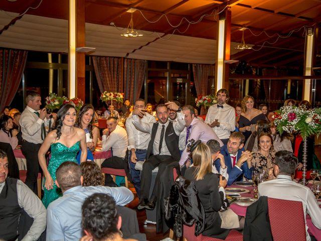 La boda de Javi y Patri en Oviedo, Asturias 43