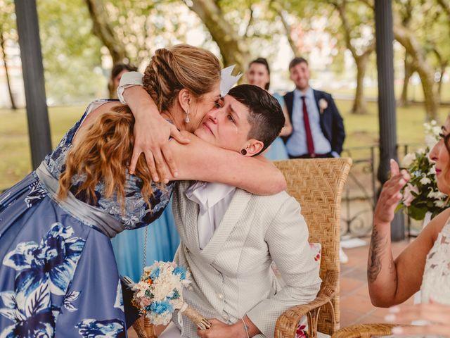 La boda de Oihane y Julieta en Lasarte, Guipúzcoa 52