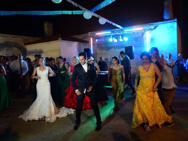 La boda de Abel y Teresa en Zarza De Granadilla, Cáceres 79