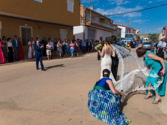 La boda de David y Vero en Buenache De Alarcon, Cuenca 11