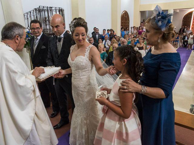 La boda de David y Vero en Buenache De Alarcon, Cuenca 15