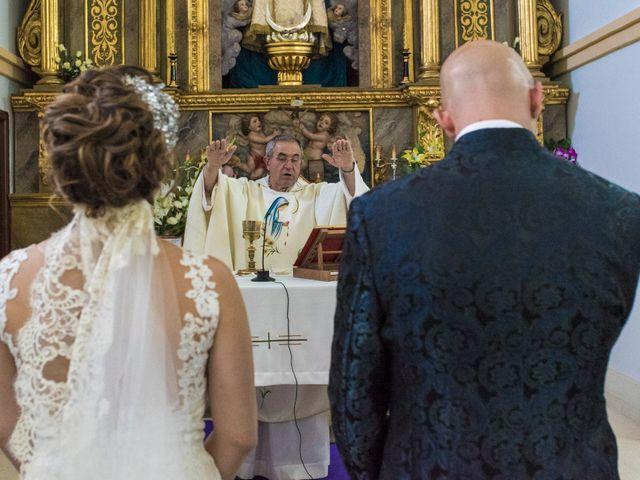 La boda de David y Vero en Buenache De Alarcon, Cuenca 17