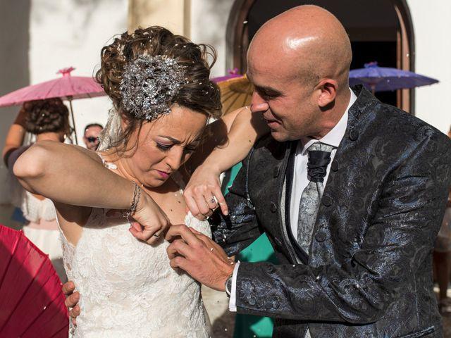 La boda de David y Vero en Buenache De Alarcon, Cuenca 21