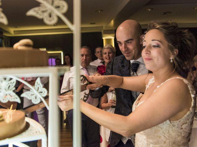 La boda de David y Vero en Buenache De Alarcon, Cuenca 36