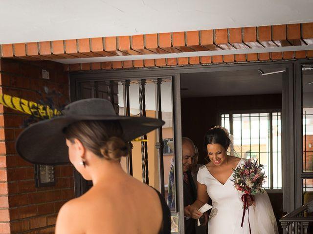 La boda de Carlos y Elena en Gerena, Sevilla 12