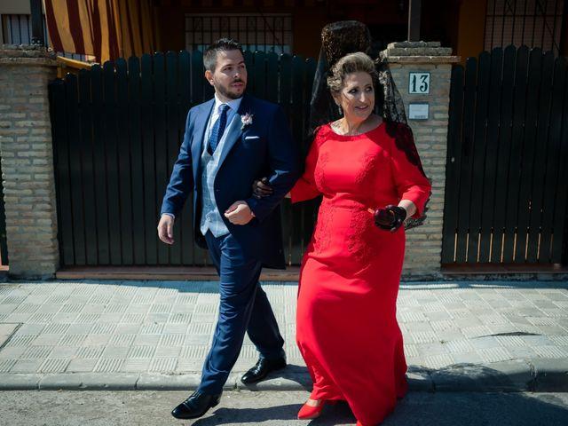 La boda de Carlos y Elena en Gerena, Sevilla 21