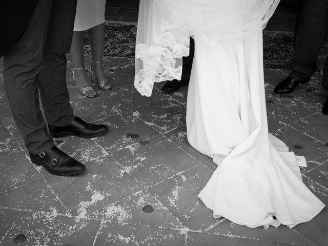 La boda de Carlos y Elena en Gerena, Sevilla 48