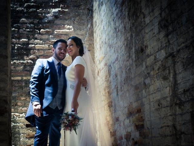 La boda de Carlos y Elena en Gerena, Sevilla 54