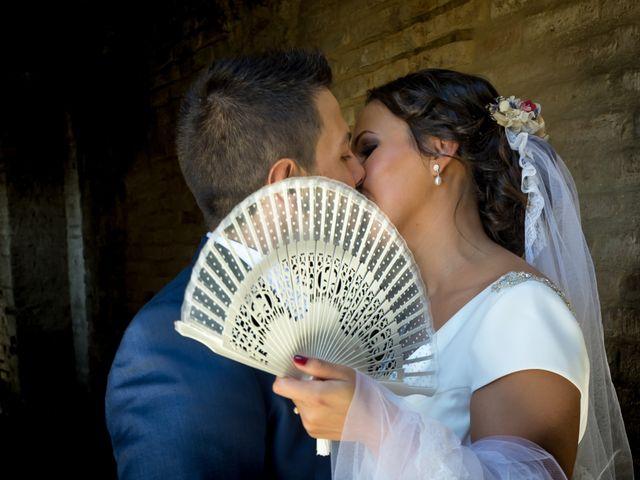 La boda de Carlos y Elena en Gerena, Sevilla 59