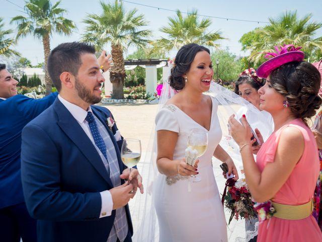 La boda de Carlos y Elena en Gerena, Sevilla 64
